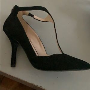 Nine West black suede heels w/ back zipper